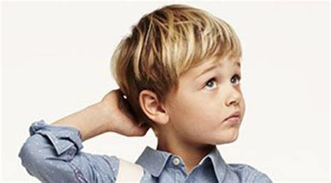 elegante frisuren jungs lang haarefrisurenstil