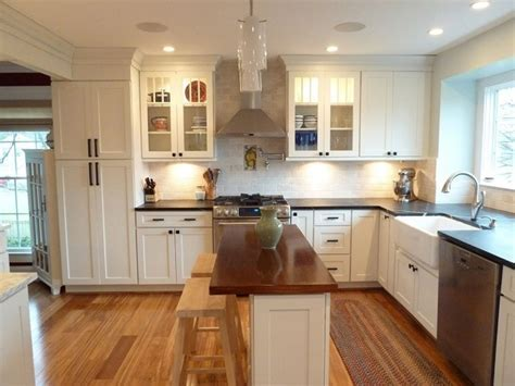 Using Symmetry & Balance in Kitchen Design