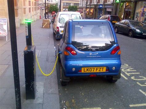 Uk Extends Tax Credit For Electric Vehicle To 2015