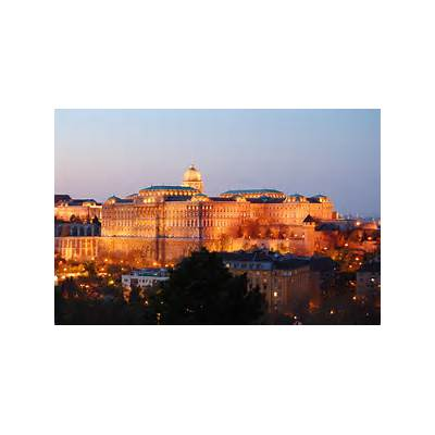File:Buda Castle Evening 2010.JPG - Wikimedia Commons