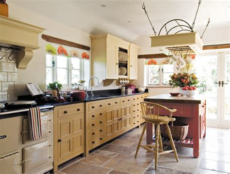 Alongonewall Vs Freestanding Kitchen Design Which Is