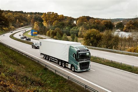 volvo highway volvo trucks fuel saving technology will memorize routes