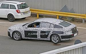 Opel Insignia 2017 : new 2017 opel vauxhall insignia and possibly 2018 buick regal spied ~ Medecine-chirurgie-esthetiques.com Avis de Voitures