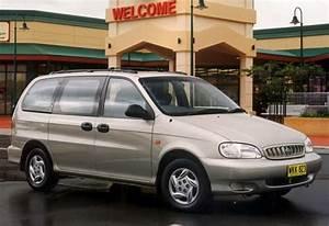 Used Kia Carnival Review  1999