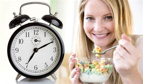 Eat Breakfast At 7.11am To Lose Weight