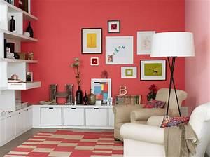 peinture de la couleur sur les murs elle decoration With decoration sur les murs