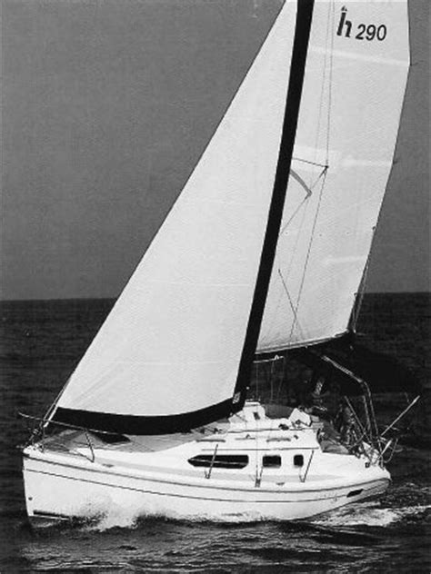 Hunter 290 Sailboat Specifications And Details On