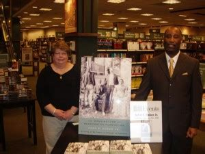 barnes and noble newburgh book tour in evansville in 171 the washingtons of