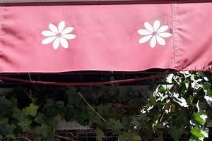 Schimmel Von Fliesenfugen Entfernen : schimmel und schmutz von markisen entfernen ~ Michelbontemps.com Haus und Dekorationen