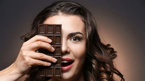 healthy improved blood flow 6 reasons to eat a of chocolate every day