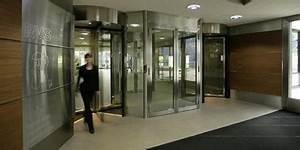 Besam Porte Automatique : portes tournantes de assa abloy assa abloy ~ Premium-room.com Idées de Décoration