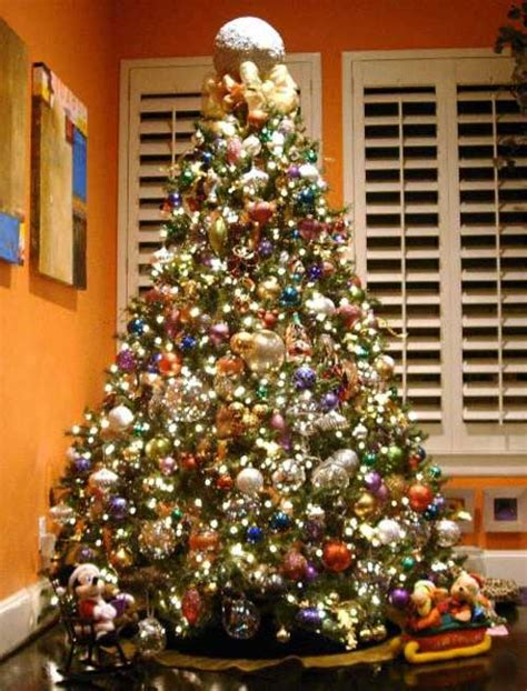 The Great Christmas Tree… The Not So Great Decorating