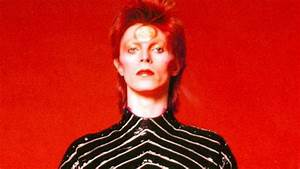 12 facts about David Bowie | Stuff.co.nz