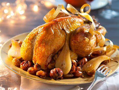 la cuisine d amandine la pintade chaponn 233 e et ses fruits aigrelets d amandine chaignot recettes femme actuelle