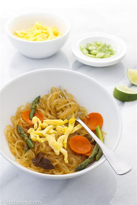 how to cook mung bean noodles how to make sotanghon guisado fried mung bean noodles junblog