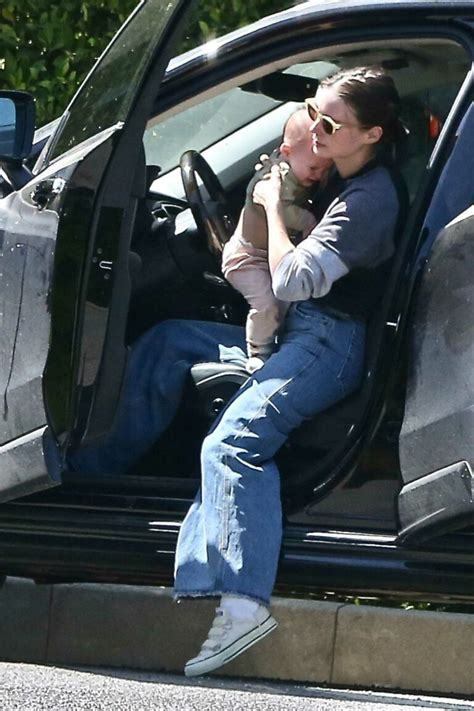 Born april 17, 1985) is an american actress and animal rights activist. Rooney Mara in a Blue Jeans Arrives at Her Sister's House ...