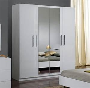 Armoire Chambre Blanche : armoire 4 portes gloria blanc ~ Teatrodelosmanantiales.com Idées de Décoration