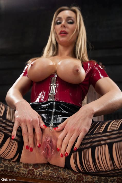 British Model Tanya Tate Releases Her Big Tits From Latex