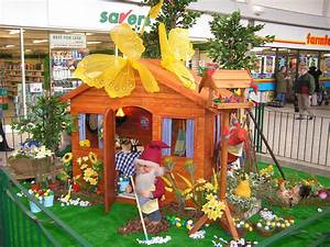 Shopping Centre Easter Displays, Seasonal Decorations