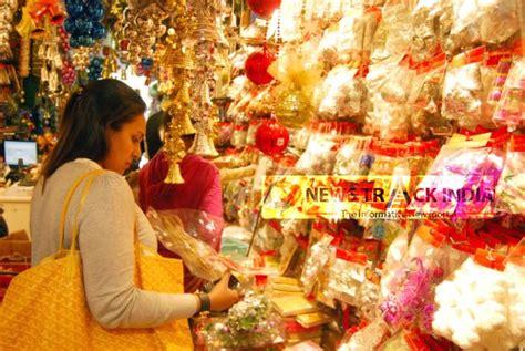 shopping for christmas in delhi