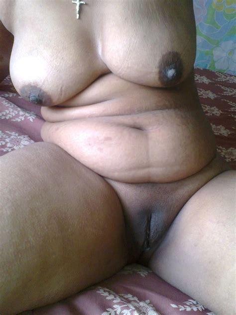 desi Village Bengali aunty Nude Photo Unseen Xxx Collection