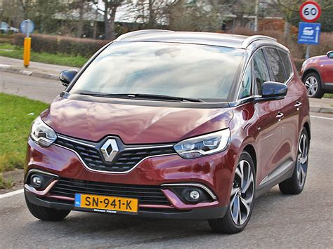 Renault Scenic 2019 by Renault Grand Sc 233 Nic Bose Energy Tce 140 Gpf 2019
