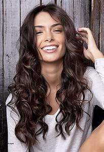 Interesting Ideas For Haircuts For Naturally Wavy Hair