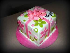 cute birthday cakes for teens | present cake for teen ...