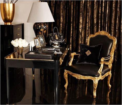 bureau d oration décoration noir et or pour créer un espace où respirent le