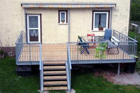 Holzbelag Für Terrassen by Erstaunlich Terrasse Aus Stahl Innerhalb Balkone