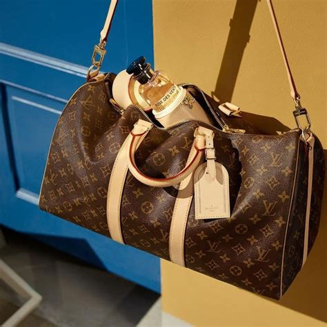 spot fake louis vuitton bags  ways   real purses