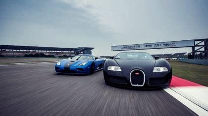 1001 hp vs 1140 hp, france vs sweden, 16 cylinders vs 8 cylinders, 1888kg vs 1170kg. Clash of the pistons: Bugatti Veyron Supersport vs ...
