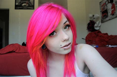 Magenta Hair Too Pale And Neon, How To Get Deep Magenta