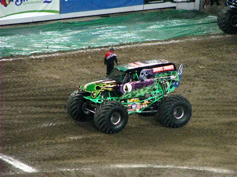 monster truck show south florida monster jam raymond james stadium ta fl 060