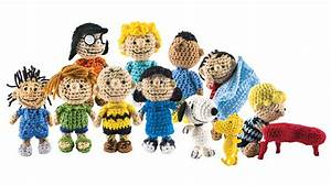 The Peanuts Gang Is Back as a Cast of Crocheted