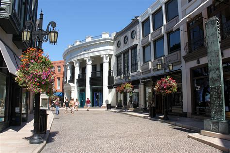 l stores los angeles via rodeo drive photo page everystockphoto