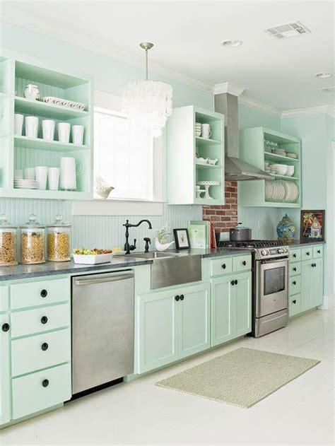 mint green kitchen appliances 10 fa 231 ons de transformer ses armoires de cuisine sans les 7523