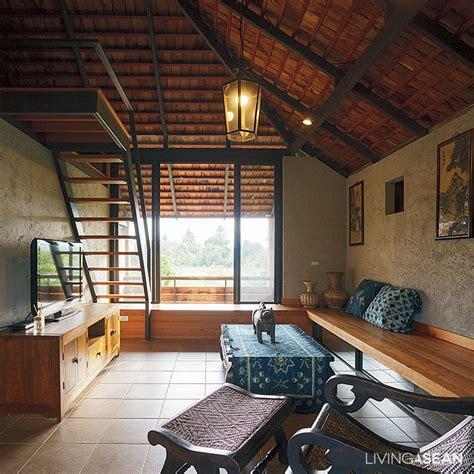 Rustic Home Interior - the warm half concrete half wood house