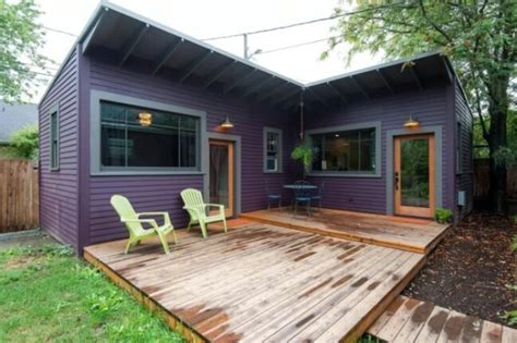 Tiny House Pictures by Brilliantly Clever Quot L Quot Shaped Purple Tiny House In