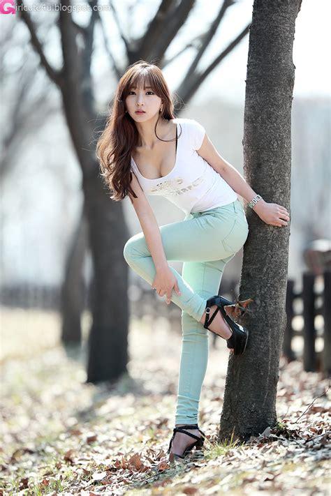Sexy Minas Outdoor Cute Girl Asian Girl Korean Girl Japanese Girl Chinese Girl