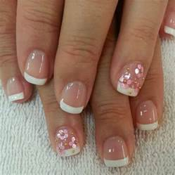 Simple nail designs for short nails without art tools