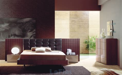 Modern Furniture Modern Bedroom Decorating Ideas 2011