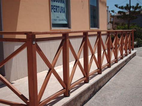 ringhiera legno esterno ringhiere in legno per esterno segesta fraz di