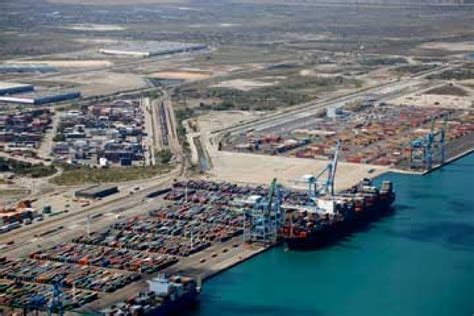 port de marseille fos marseille fos posts 6 drop in half cargo handling