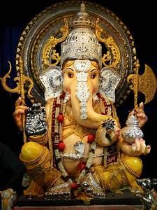 5 Manache Ganpati In Pune You Must Visit ! Pune99
