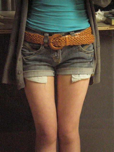 peek  boo pockets shorts     pair  denim