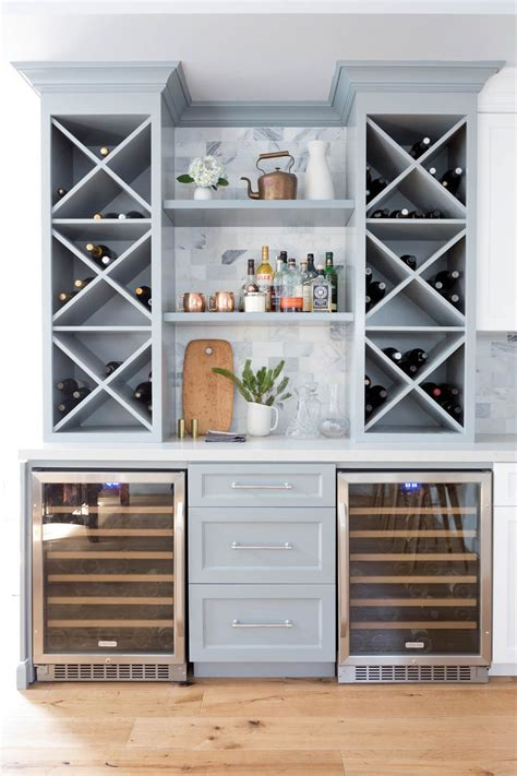 See more ideas about home, wine bar, bars for home. A Cape Cod in California Gets New Life | Rue | Home bar ...