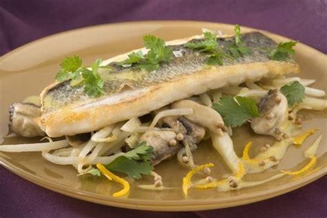 cuisine bar poisson recettes de poisson à la grecque par l 39 atelier des chefs