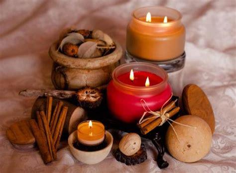 candele fatte in casa spezie e erbe dalla cucina ad altri usi alternativi