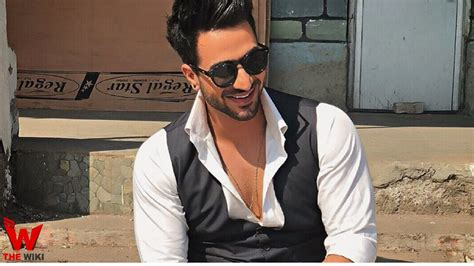 Aly Goni (Actor) Height, Weight, Age, Affairs, Biography ...